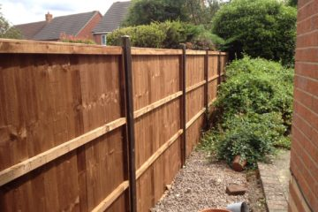 New fence panels fitted in Oakham nr Peterborough