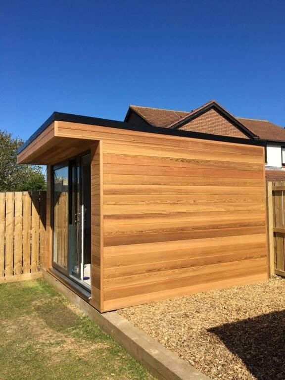 Small-garden-room-peterborough-4