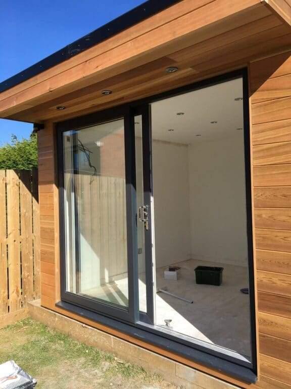 Small-garden-room-peterborough-5