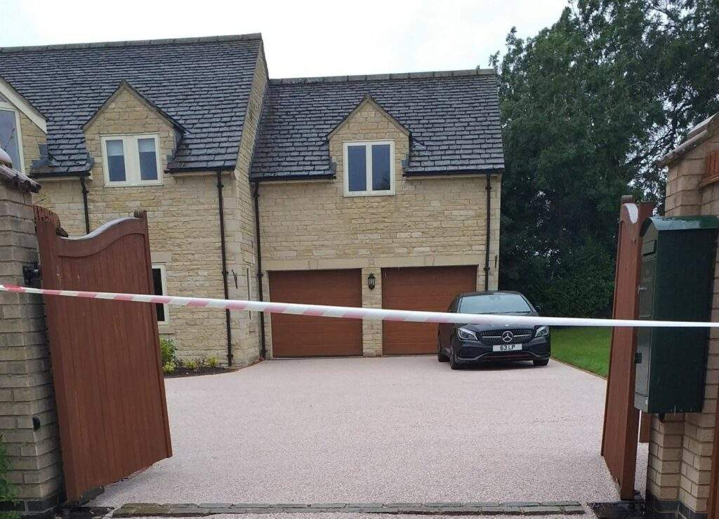 Large Resin Driveway in Greetham