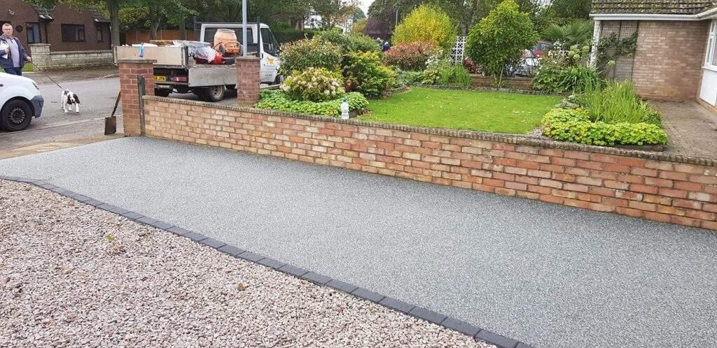 Slate Grey Resin Driveway in Peterborough