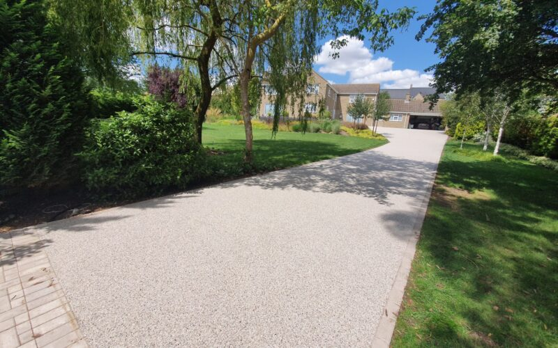 Large Resin Driveway installed in Kingscliffe