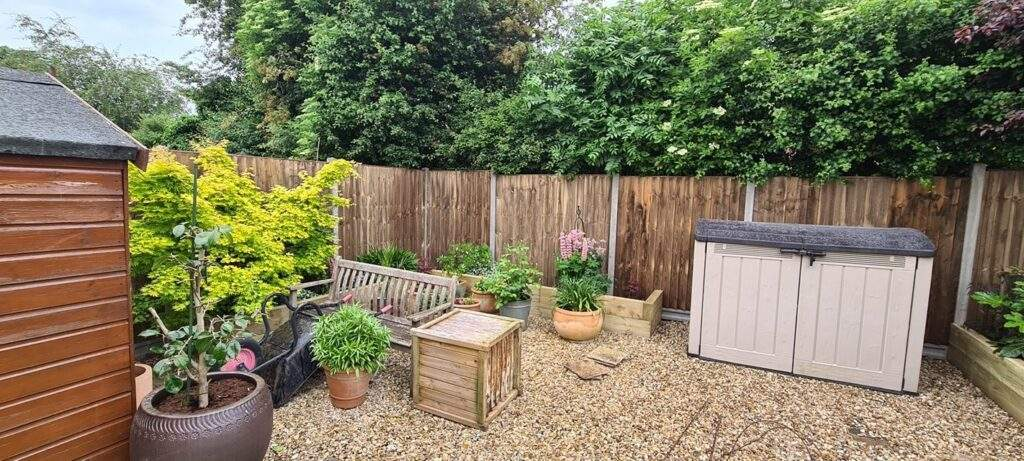 Closeboard Fencing install Market Deeping