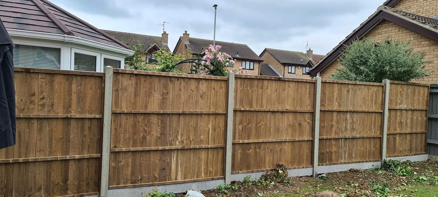Fencing installed in Gunthorpe