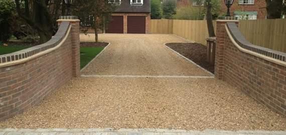 Gravel driveway installed in Stamford